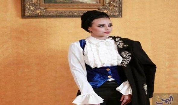 خطاب تؤك د أن ها أعادت استخدام القماش القديم Fashion Women S Top Tops