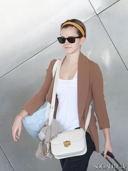 Casual comfy, and love the purse --- yes, that purse is perfection