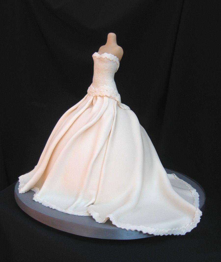 Wedding dress red velvet tortas pinterest red velvet and cake