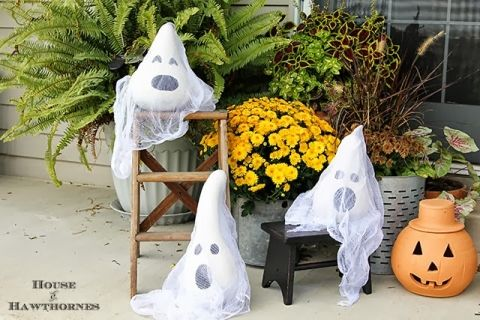 Ghoulish Ghost Gourds by House of Hawthornes Halloween Pinterest