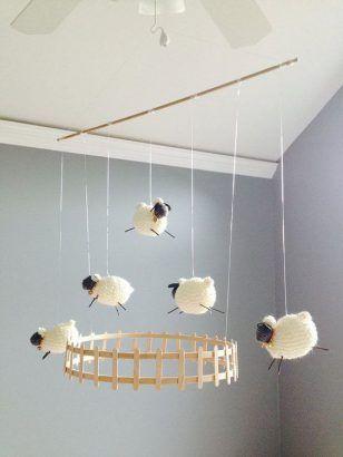 Chambre enfant : 20 accessoires déco sur le thème du mouton à adopter !