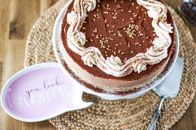 Pullahiiren leivontanurkka: Ihan(an) helppo suklaajuustokakku