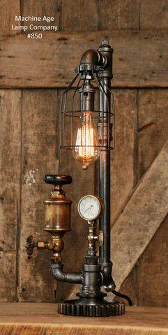 Steampunk Industrial Antique Brass Oiler Gauge Lamp 850 Avec Images Lampe De Tuyau Lampe Style Industriel Lampes Vintage