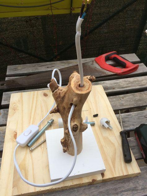 Tutoriel  Comment faire une lampe en bois flotté ? Driftwood