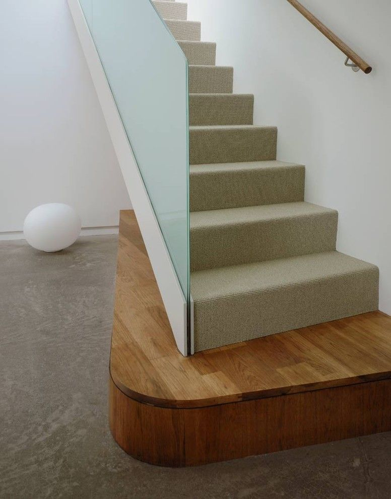 Berber Carpet Staircase Modern With Carpet Staircase Concrete Flooring  Curtail Frosted Glass