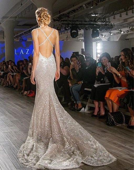 Lazaro | Bridal Style | Pinterest | Hochzeitskleider und Kleider