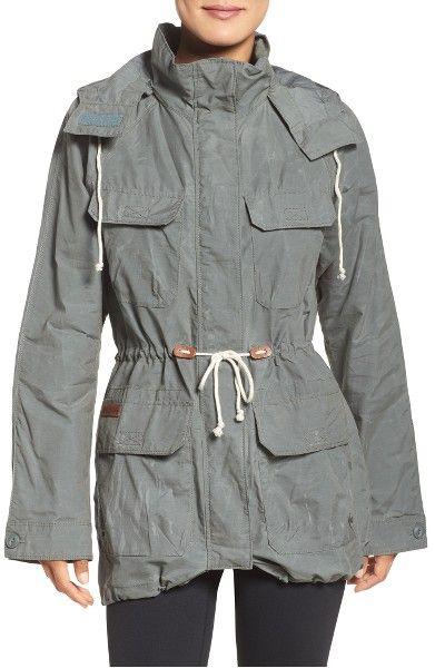 Main Image - Columbia Tillicum Bridge Waterproof Jacket