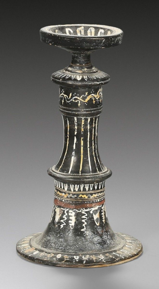 Gnatian thymiaterion, late 4th - early 3rd century B.C. With painted decor, vine, tendril, egg pattern and band of waves, 24.4 cm high. Private collection
