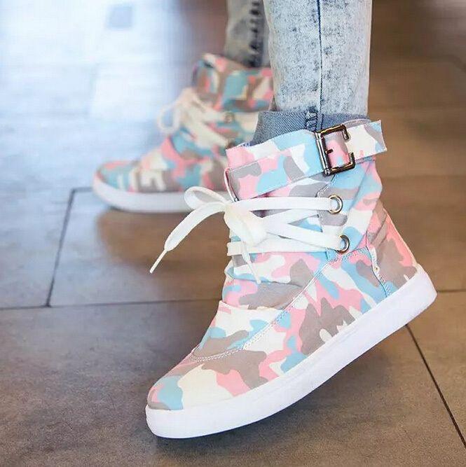cfb54daf6 Vendas direto da fábrica estilo britânico mulheres botas de moda sapatos  baixos botas curtas impresso botas de lona outono botas calçados femininos  em Botas ...