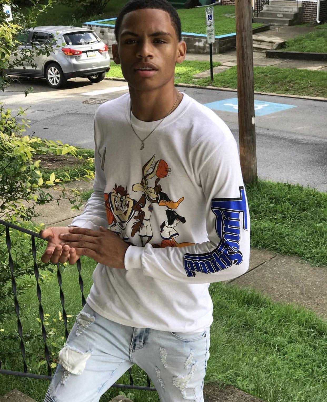 Follow Brownskinliv For More Good Pins Dark Skin Boys Cute Black Boys Cute Braces