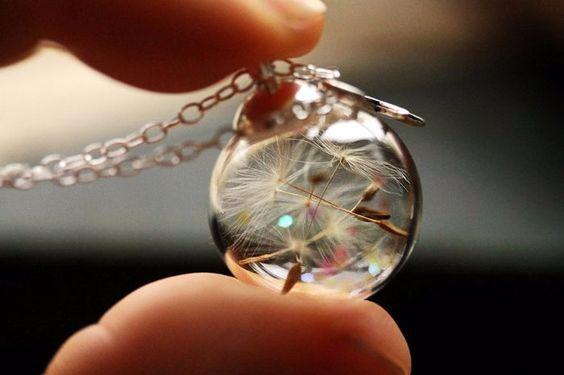 pendentif bijoux diy pissenlit dans