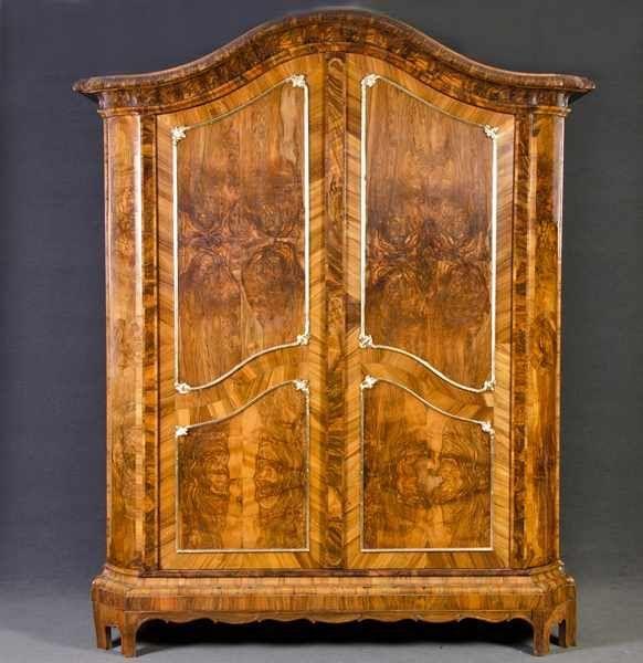 Möbelgeschäft Mainz barockschrank mainz 1740 50 nussbaumwurzel furniert teilw mit