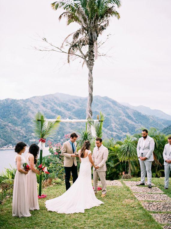 Destination Wedding in Yelapa Mexico   Photo by Jillian Mitchell   Read more - http://www.100layercake.com/blog/?p=84315