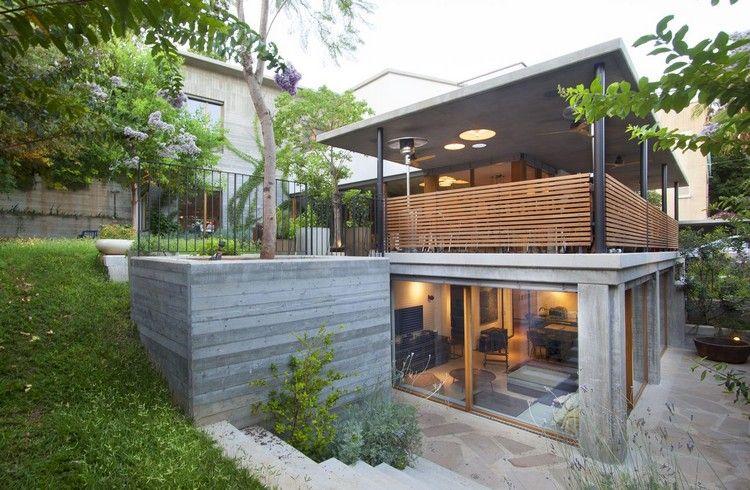Betonwände Außen Haus Am Hang Veranda überdachung Beton #traumhäuser #home  #interiordesign #arhitecture