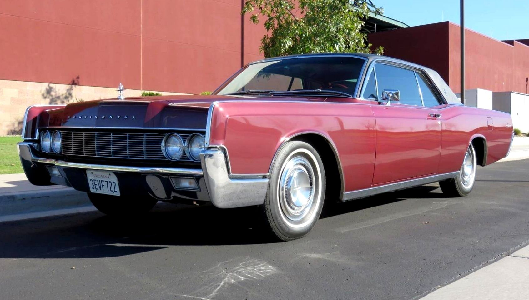 1967 Lincoln Continental 2 Door Passenger Coupe Lincolns