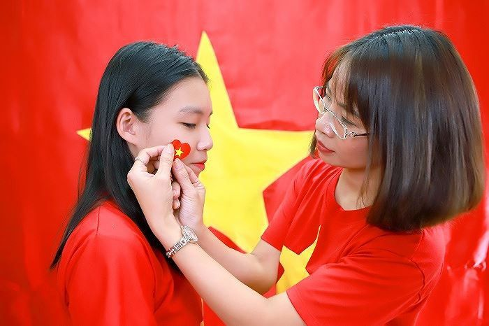 Áo cờ đỏ sao vàng trường THCS Thành Công - Hình 4
