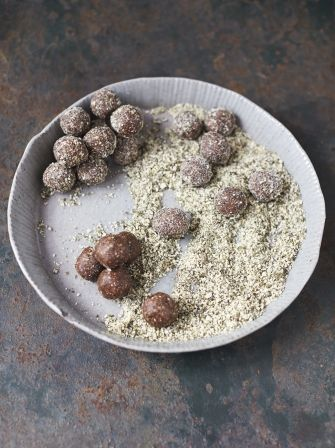 http://www.jamieoliver.com/recipes/fruit-recipes/my-tasty-energy-balls-date-cocoa-pumpkin-seed/