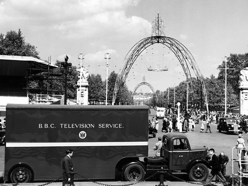 One of the BBC Television Outside Broadcast tenders delivering equipment to the television camera positions and control … | Old lorries, Vintage television, Bedford
