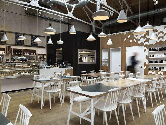 thiết kế nhà hàng cafe ấn tượn với sự trắng toát tinh khôi