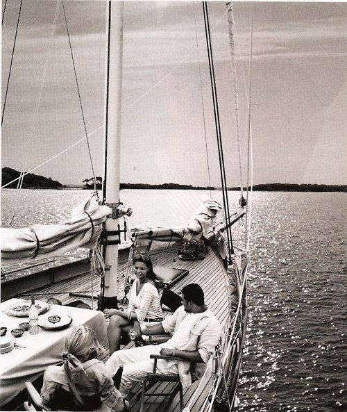 dinner parties on sail boats