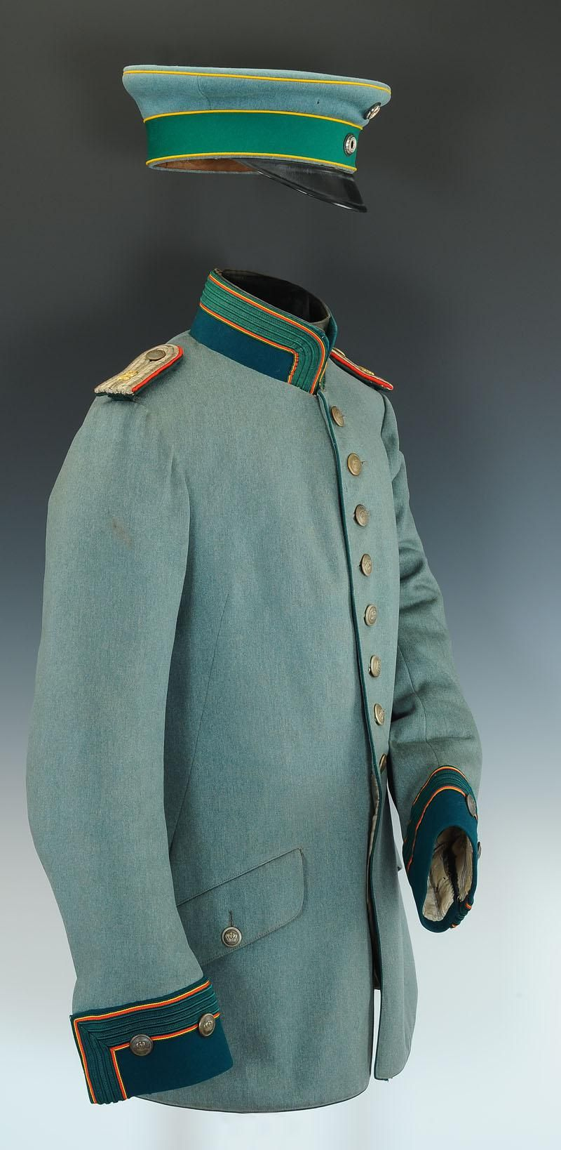 German; 2nd Jäger zu Pferde Regiment. Lieutenant\'s 1910 pattern ...