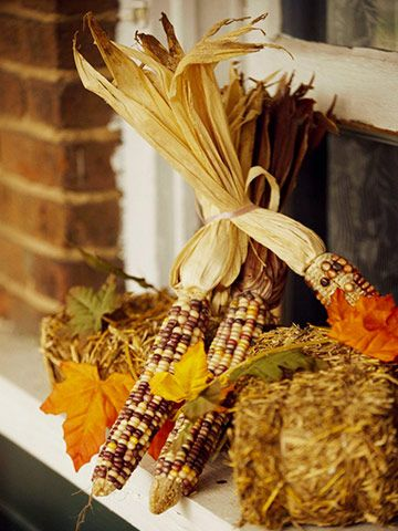 Fall Harvest Decorating Ideas of your yard with harvest inspired