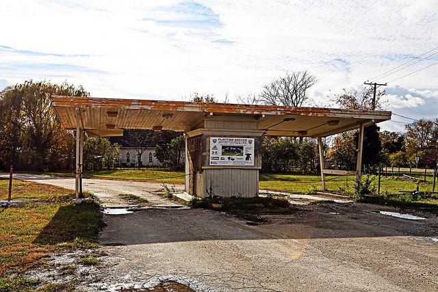 Abandoned Hill Top Drive In Theater Joliet Il Joliet Illinois