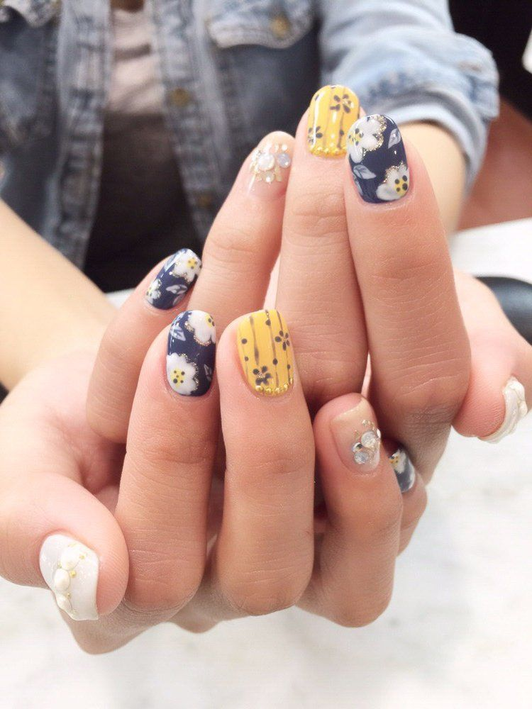 KPOP Nail Salon - Queens, NY, United States | Nails | Pinterest ...