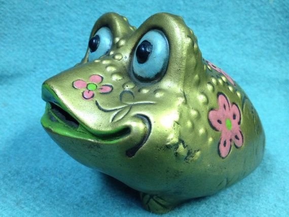 Quite a Lovely Froggy Coin Bank by TimesTinCup on Etsy, $13.00