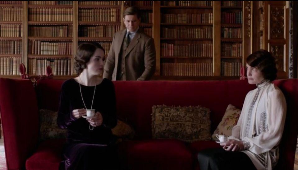 Downton Abbey Knole Sofa With Images