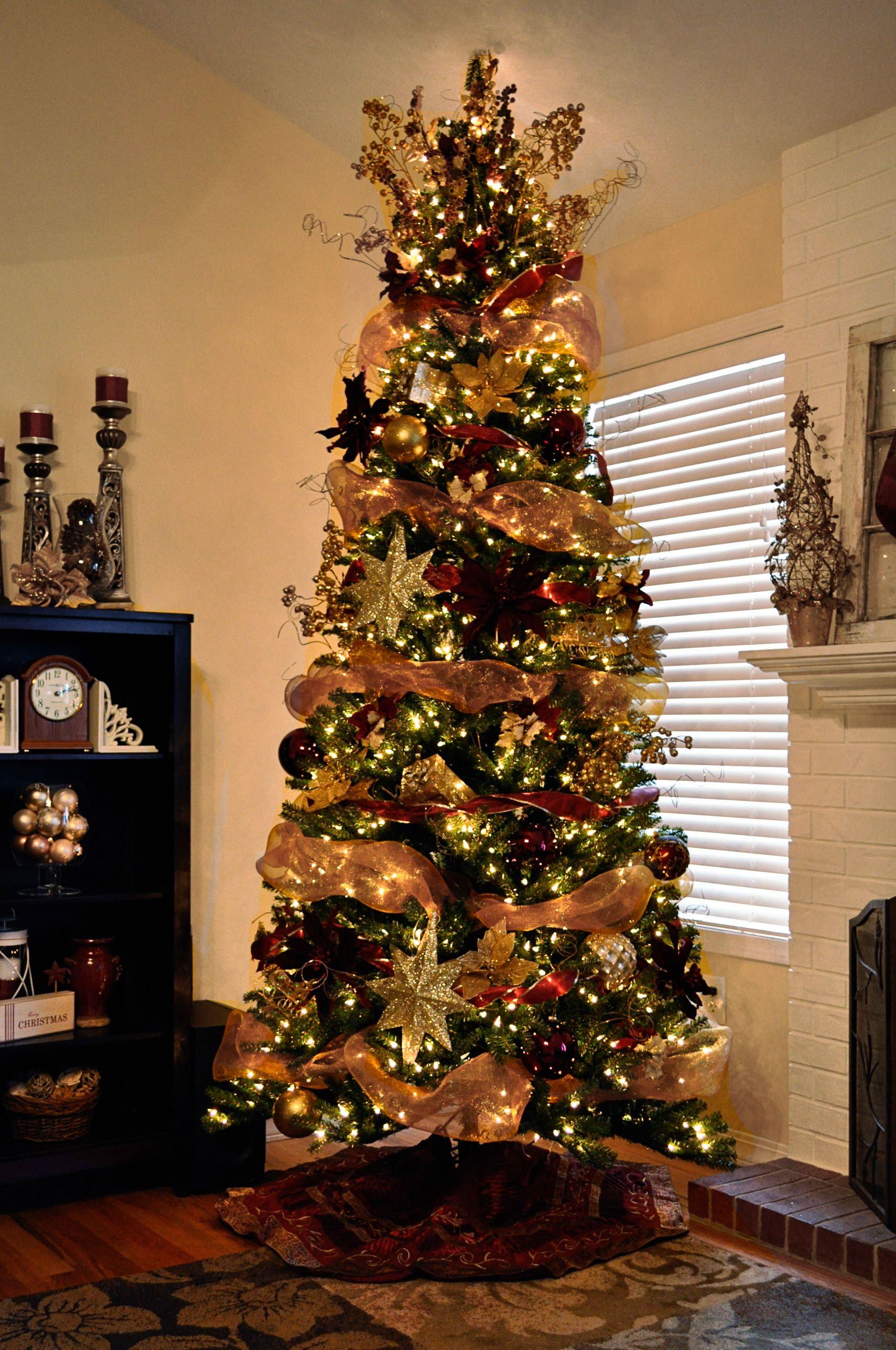 Decorated Christmas trees mesh ribbon garland | christmas ...