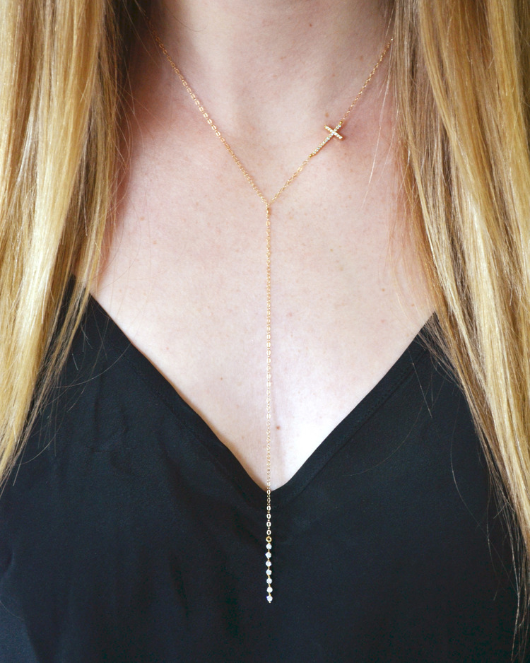 DIY Lariat Necklace is part of Lariat necklace diy, Lariat necklace, Diy necklace, Necklace, Beaded necklace, Dyi jewelry - I think it's pretty safe to say I have an obsession with layering necklaces  I have too many to layer at one time, but hey, a girl needs options right!  My go to spot for pieces is Revolve   I was inspired by this necklace , but was uninspired by the