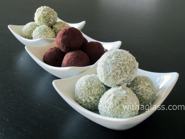 Matcha e Branco trufas de Receita de chocolate   JustOneCookbook.com