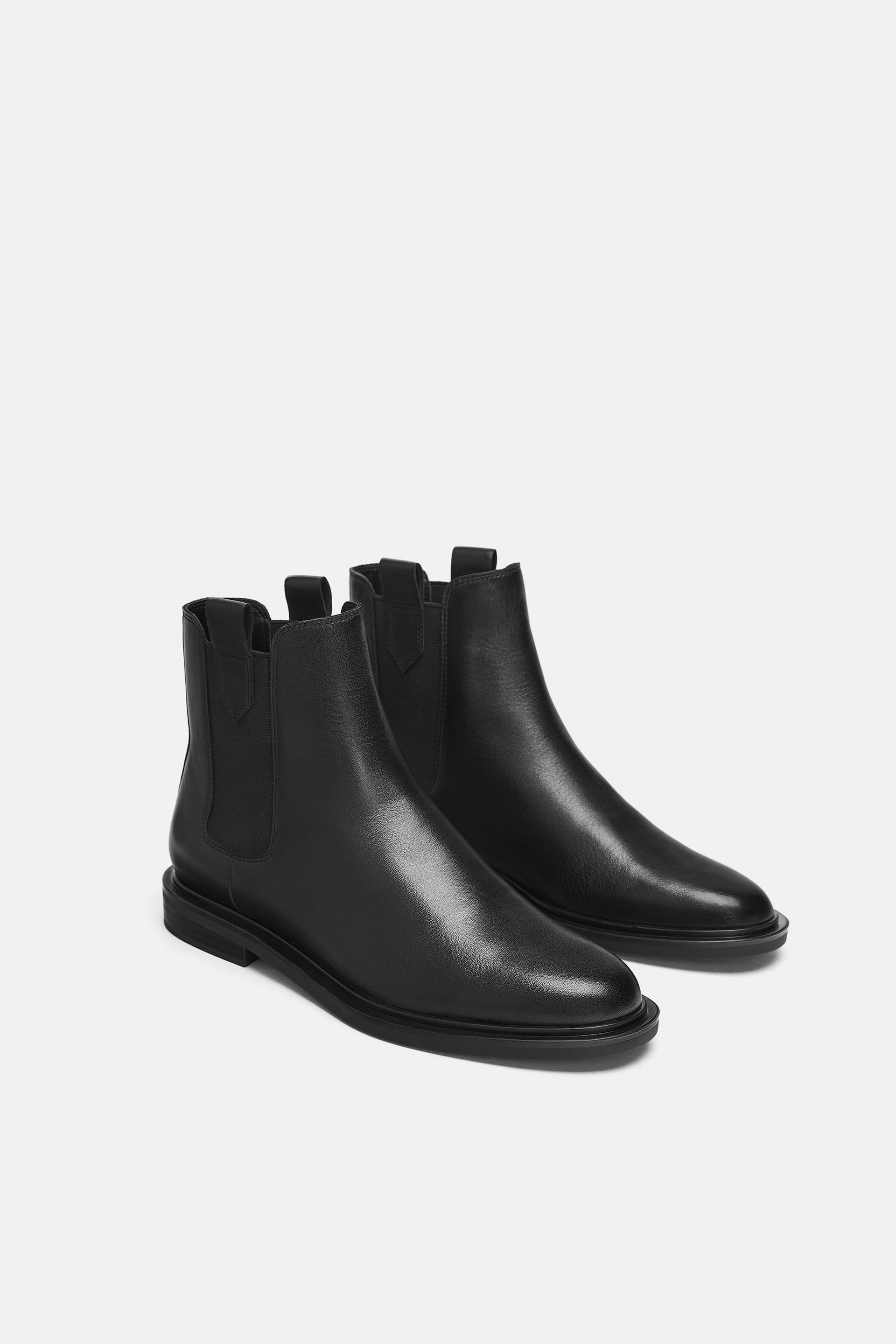 LOW HEEL LEATHER ANKLE BOOTS WITH PULL