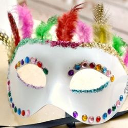 Adorable And Easy Diy For A Gorgeous Mardi Gras Mask Masquerade Mask Diy Fun Diy Crafts Crafts