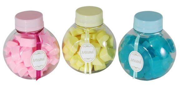 sabonetes hidratantes em formato de estrela, coração e gota