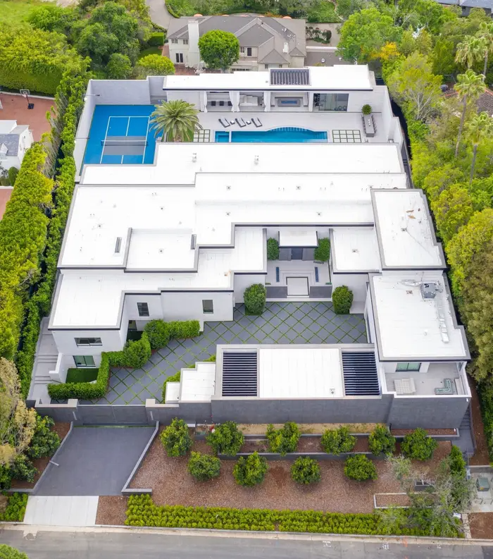 Kylie Jenner Now Lives In A 36 Million Resort Mansion And Here S