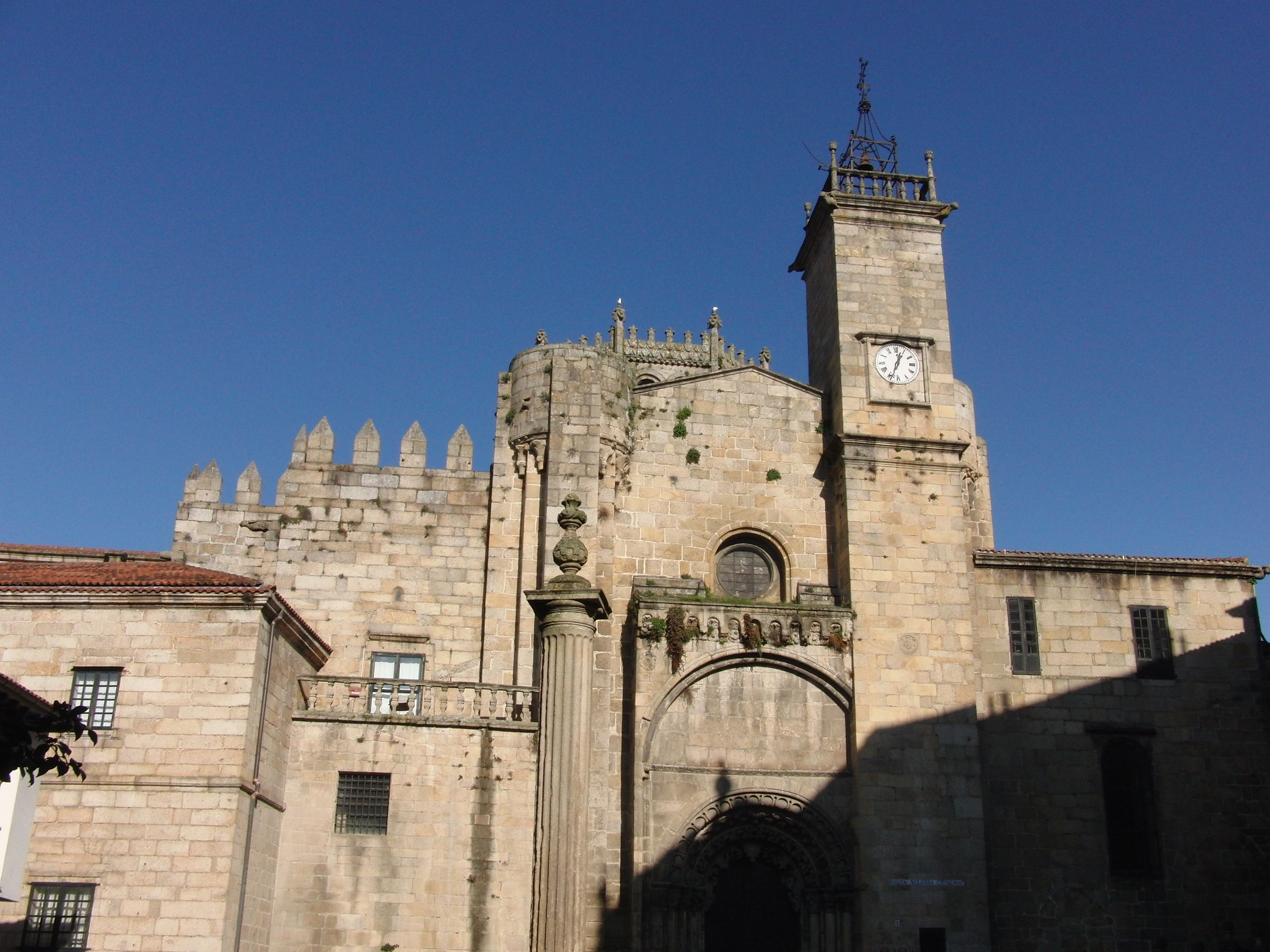 A catedral  The cathedral