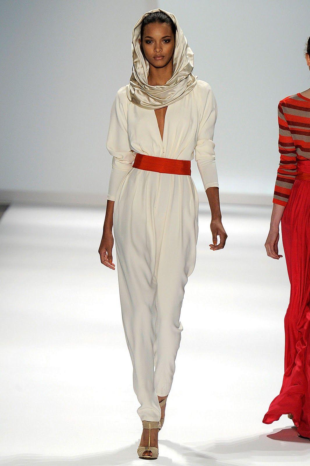 Beads of Babylon: New York Fashion Week: Carlos Miele A/W 2011