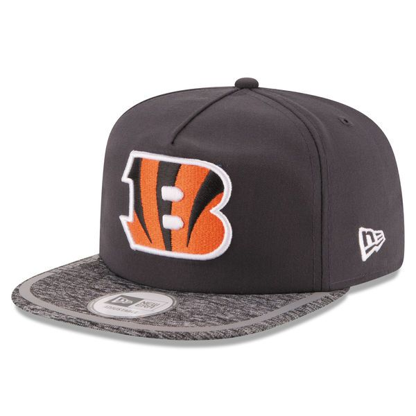 buy online d2226 53e2d Men s Cincinnati Bengals New Era Gray On Field Training Camp A-Frame  Adjustable Hat,