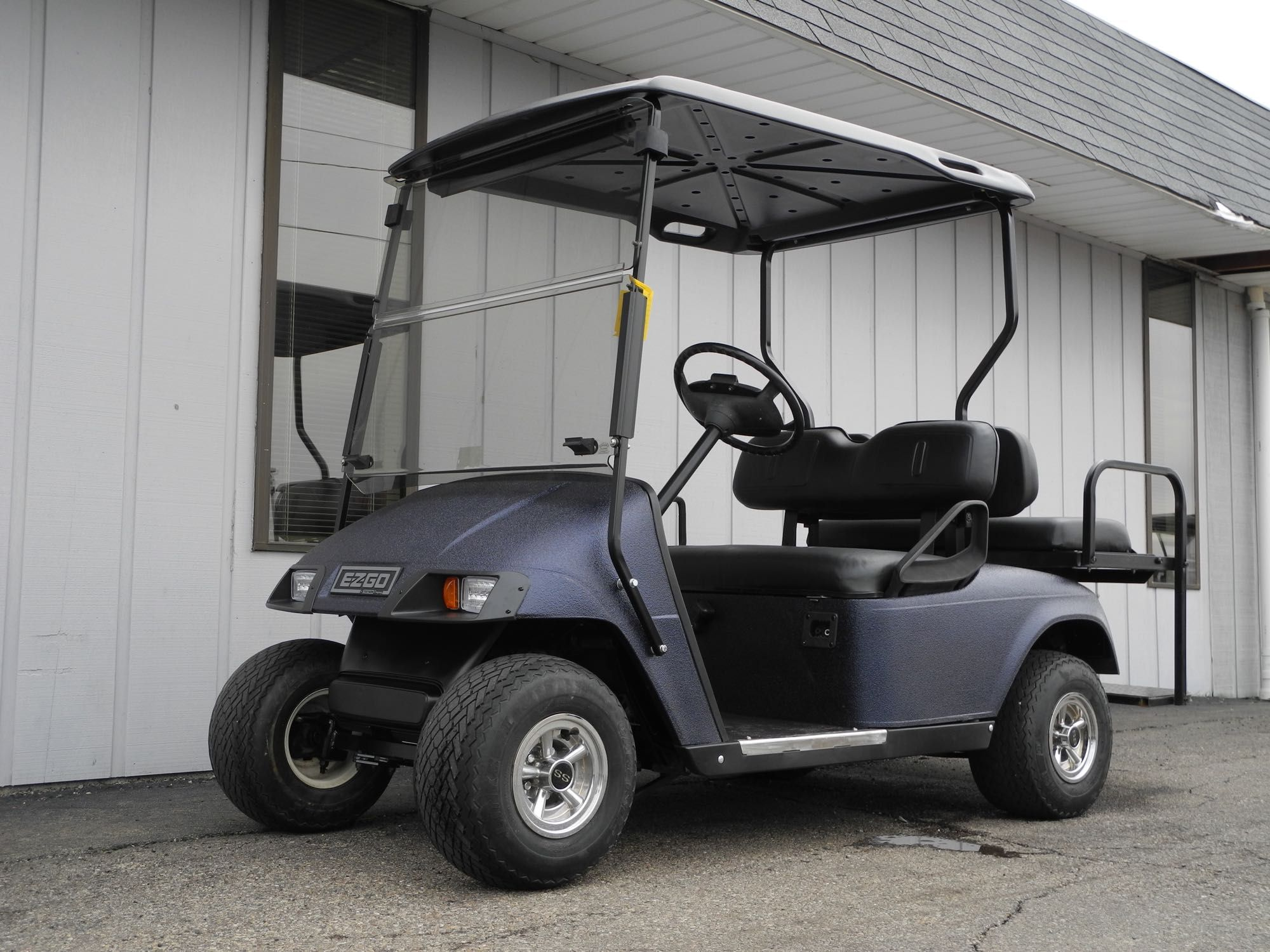 This 1999 E Z Go Dcs Electric Custom Golf Car Is An Older Model But It Has Been Stripped Down To The Frame And Co Used Golf Carts Golf Car Golf Cart Batteries