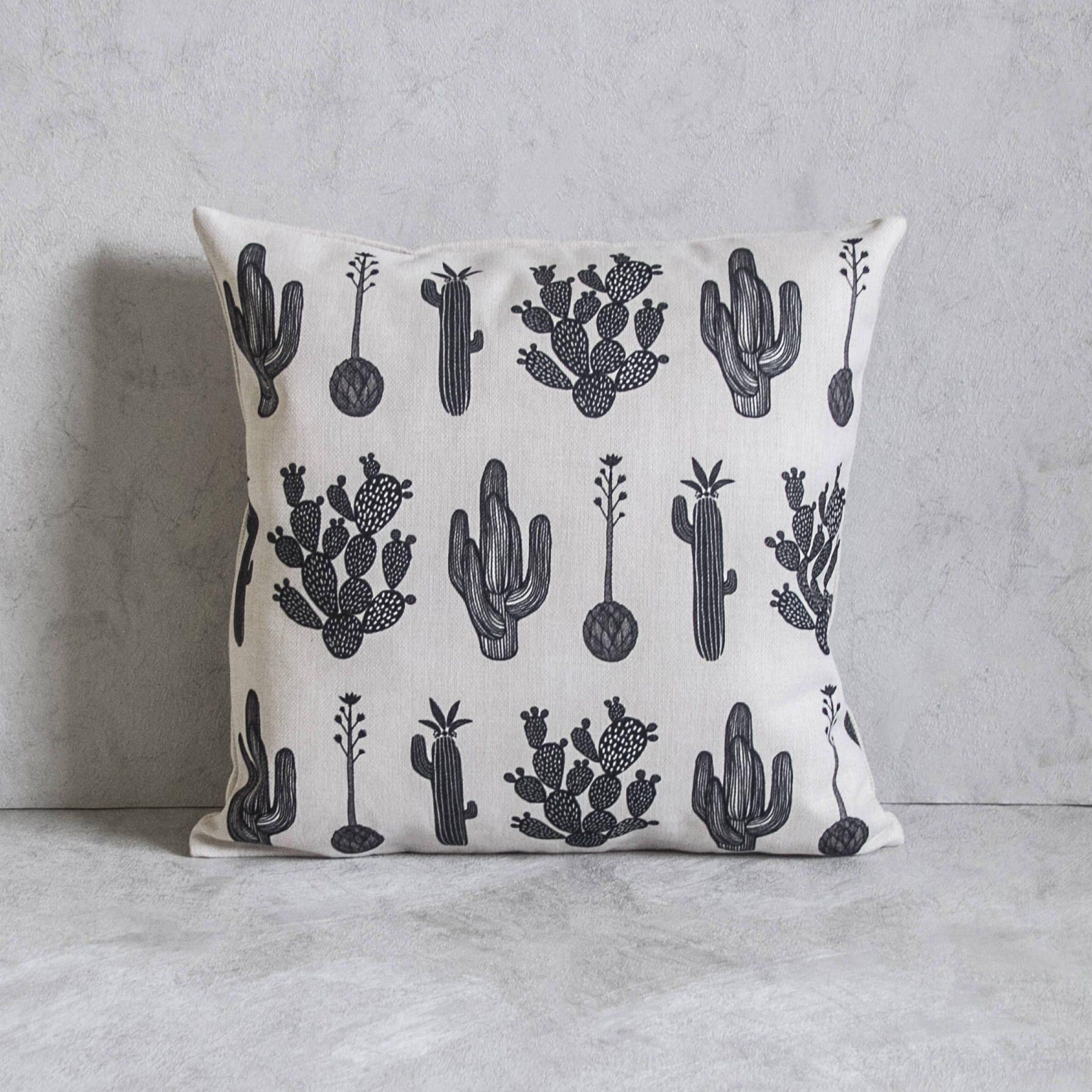 Black And White Cactus Pillow Cover Pillow Covers Throw Etsy Cactus Pillow Pillow Covers Pillows