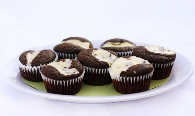 Fancy Chocolate Cream Cheese Cupcakes