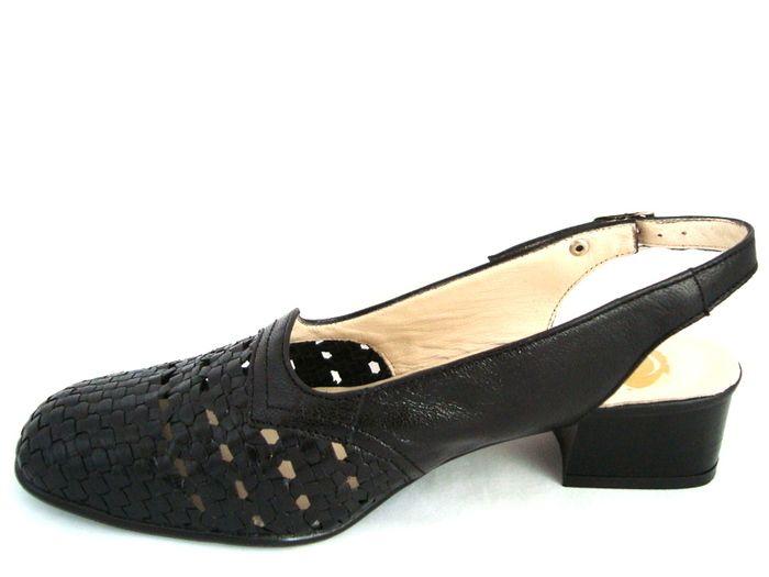 Znalezione Obrazy Dla Zapytania Buty Zdrowotne Damskie Tegosc H Shoes Heels Heeled Mules