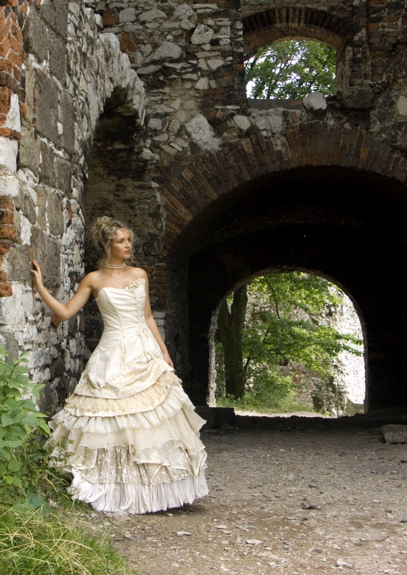 Bella, Scottish Silk Wedding Dress | Scottish kilts online shop ...