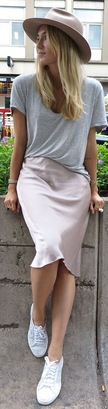 Zara Dusty Pink Satin Pencil Midi Skirt by Josefin Dahlberg