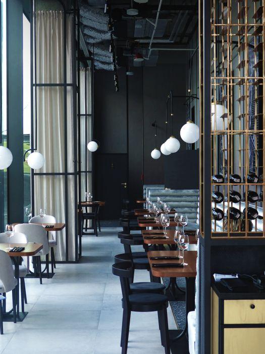 Najlepsze Restauracje W Polsce Wybrane Elle Pl Trendy Jesien Zima 2019 2020 Moda Modne Fryzury Buty Manicure Sukienki Torebki B Home Decor Home Room