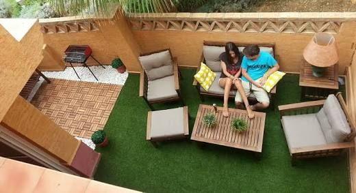 Resultado de imagen para terrazas de aticos con cesped artificial
