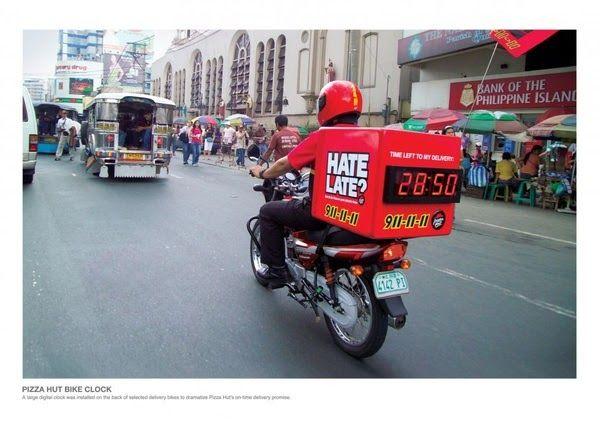 Resultado de imágenes de Google para seguimiento Delivery PAZZA PIZZA,Victoria Se perdió este tipo...??? De seguro...como va escuchando música y Happy...tomo otra ruta...!!! Reparto a Domicilio $500 (aunque nos perdamos en el trayecto)
