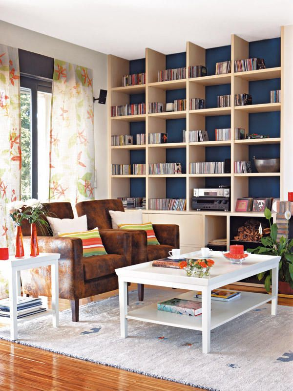 Decorar estanterias salon estas libreraas son la envidia - Decorar estanterias salon ...